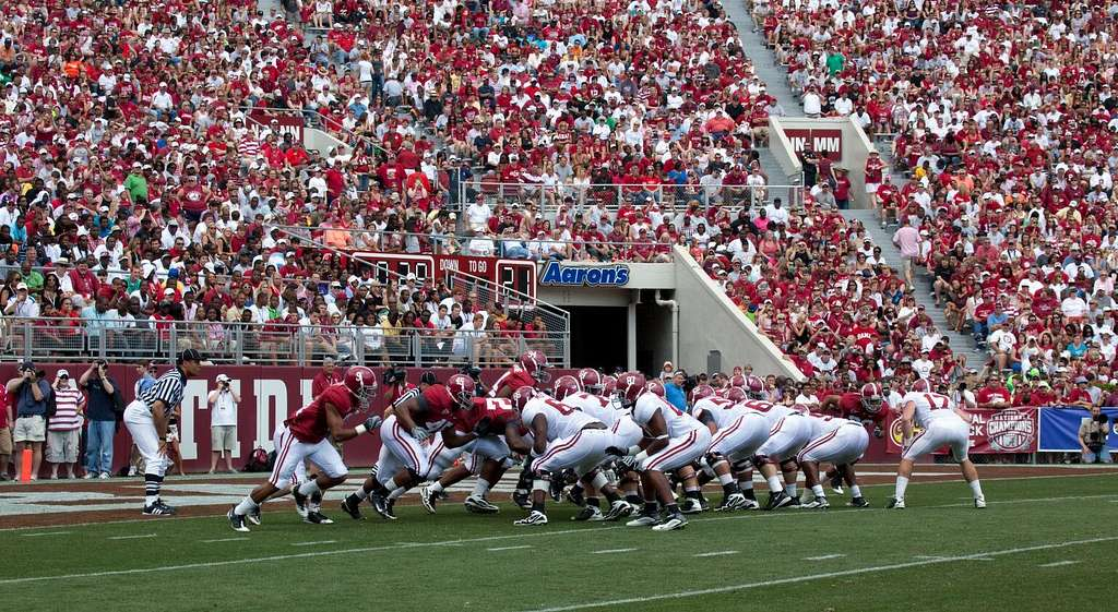 College Football Odds For Top 3 Teams After Week 10